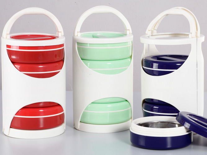 Stylish Picnic Lunch Box - Red/Ivory , Blue/Ivory , Green/Ivory